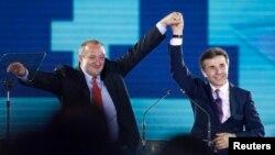 Иванишвили уверен в победе своего кандидата. По его словам, Георгий Маргвелашвили лидирует в предвыборной гонке и сумеет одержать уверенную победу, но это непременно должно произойти в первом же туре