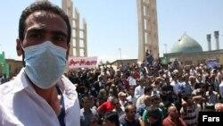 اعتراض هواداران محیط زیست به آلودگی هوا در زنجان