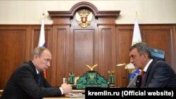 Владимир Путин и Сергей Меняйло (2016 год)