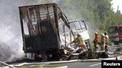 Пожежники на місці ДТП у Німеччині, 3 липня 2017 року
