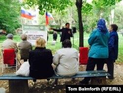 Илья Яшин агитирует жителей Костромы