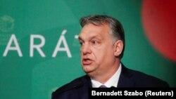 В разі ухвалення рішення, Віктор Орбан отримує можливість керувати одноосібно, а його уряд зможе подовжувати надзвичайний стан, не потребуючи схвалення парламенту