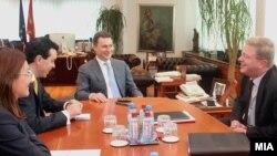 Евроамбасадорот Штефан Филе со делегација од ЕУ на средби со македонскиот државен врв.