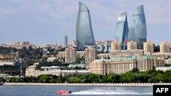 Вид на столицу Азербайджана Баку. 6 июля 2013 года.