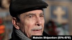 Russian human rights activist Lev Ponomaryov