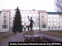 Луганский государственный медицинский университет (фото до начала боевых действий)