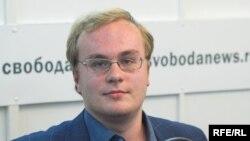 Александр Гнездилов в студии Радио Свобода