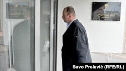 Poslanik opozicionog DF-a Milan Knežević dolazi na saslušanje, Podgorica