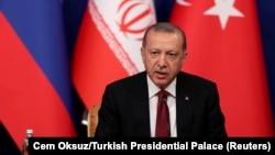 Президент Турции Реджеп Эрдоган на трехсторонней встрече в Иране, 7 сентября 2018 года.