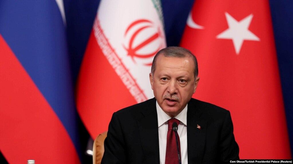Эрдоган призвал мировое сообщество остановить войну в Сирии