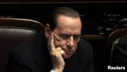 Սիլվիո Բերլուսկոնին Իտալիայի խորհրդարանի նիստի ժամանակ, հոկտեմբեր, 2011թ.