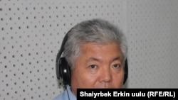 """А.Жекшенкулов """"Азаттыктын"""" студиясында 15-июль, 2010-жыл"""