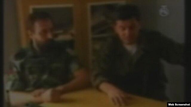Goran Hadžić sa zapovjednikom srpskih snaga u Borovom Selu - snimak prikazan u sudnici