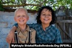 Антон (ліворуч) і Яша (праворуч)