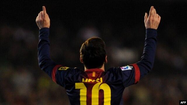 Lionel Mesi slavi nakon jednog od postignutih golova, decembar 2012.