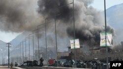 На місці нападу на відділок поліції в Кабулі, 1 березня 2017 року