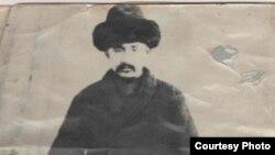 """Белек Солтонкелди уулу Солтоноев (1878–1937), """"Кызыл Кыргыз тарыхы"""" эмгегинин автору."""