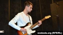 Гітарная партыя Аляксея Вількота