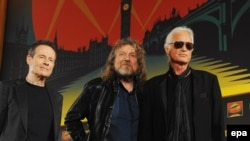 Басист и клавишник Led Zeppelin Джон Пол Джонс, вокалист Роберт Плант и гитарист Джимми Пейдж, Лондон, 21 сентября 2012