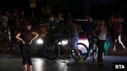 Блокадата при румънското посолство на 17 август вечерта
