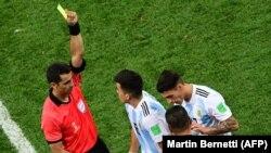 بررسی بازیهای مرحله آخر گروههای C و D (آرژانتین -نیجریه)