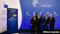 Мартін Шульц, Петро Порошенко, Дональд Туск і Жан-Клод Юнкер, 24 листопада 2016 року