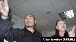 Гүлбаһрам Жүніс пен Талғат Рысқұлбек. Алматы, 27 қазан 2010 жыл.