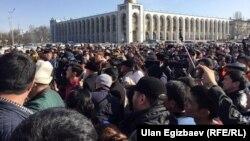 Митинг в поддержку Омурбека Текебаева.