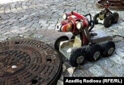 Kanaltəmizləyən robot