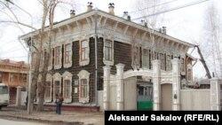 Томск, отреставрированный памятник деревянной архитектуры