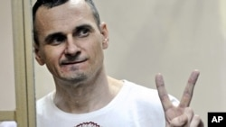 Ukrainian film director Oleh Sentsov attends a court hearing in Russia in 2015.