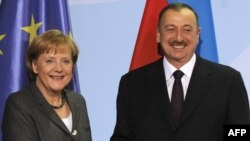 Angela Merkel və İlham Əliyev