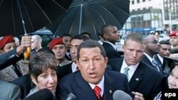 مخالفین هوگو چاوز می گویند انتخاب دوباره وی به ریاست جمهوری، ونزوئلا را به سوی استبداد می برد