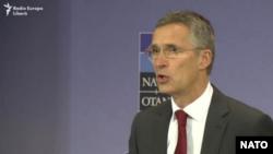 Йенс Столтенберг на пресс-конференции в Бельгии в преддверии варшавского саммита НАТО