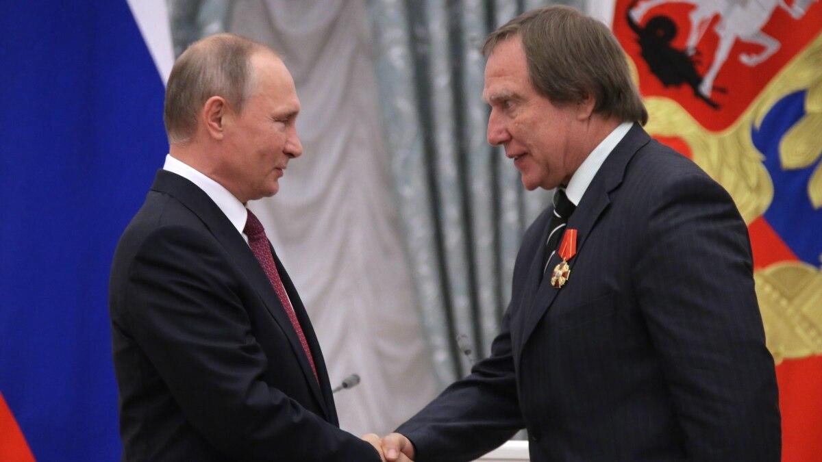 Report Putin S Inner Circle Worth Nearly 24 Billion