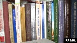Кожен другий українець не читає книжок...