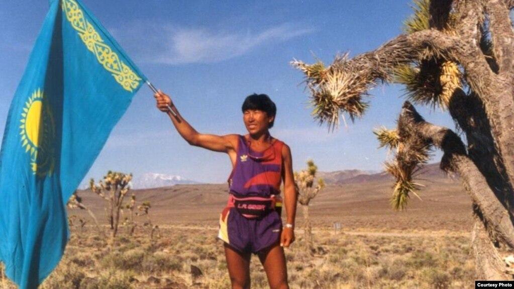 Марафоншы Марат Жыланбаев Невада штатында. АҚШ, 1994 жыл.