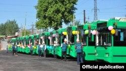 Сдача новых троллейбусов в Оше. 24 мая 2017 года. Иллюстративное фото.