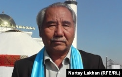 Баяхмет Жумабайулы, казахский писатель из Китая.