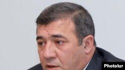 "Ruben Hayrapetian, one of three businessmen to sue ""Haykakan Zhamanak"" for libel."