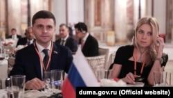 Наталья Поклонская и Руслан Бальбек в ходе поездки в Турцию
