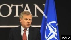 NATO citäkçese Jaap de Hoop Scheffer