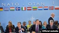 NATOнинг бу йилги саммитига 60 та давлат раҳбари таклиф қилинган эди.