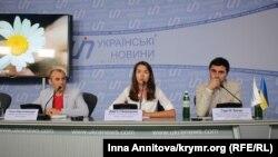 Учасники прес-конференції – представники правозахисних організацій