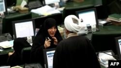 Иран парламенті депутаттары. Тегеран, 1 наурыз 2016 жыл.