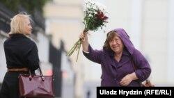 خانم الکسیویچ پس از دیدار و بازجویی در کمیته قضایی در هفته گذشته