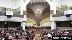محمد اشرف غنی رئیس جمهور افغانستان اعضای جدید کابینه را برای گرفتن رأی اعتماد ب ولسی جرگه معرفی کرد. 21 October 2020