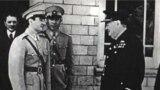 محمدرضا شاه پهلوی با وینستون چرچیل در حاشیه «کنفرانس تهران» در جریان جنگ جهانی دوم