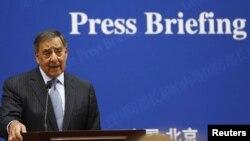 Леон Панетта на пресс-конференции в Пекине