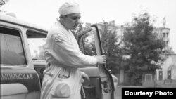 Алесь Наўроцкі— доктар «хуткай дапамогі». 1966год